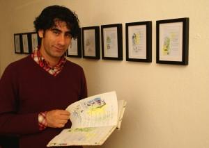 Baban, met een aantal van zijn kostbaarste bezittingen. Foto: Peter le Nobel