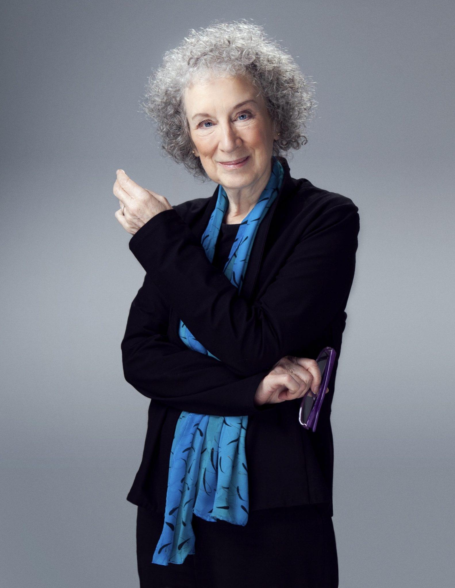 Margaret Atwood ontvangt Belle van Zuylenring